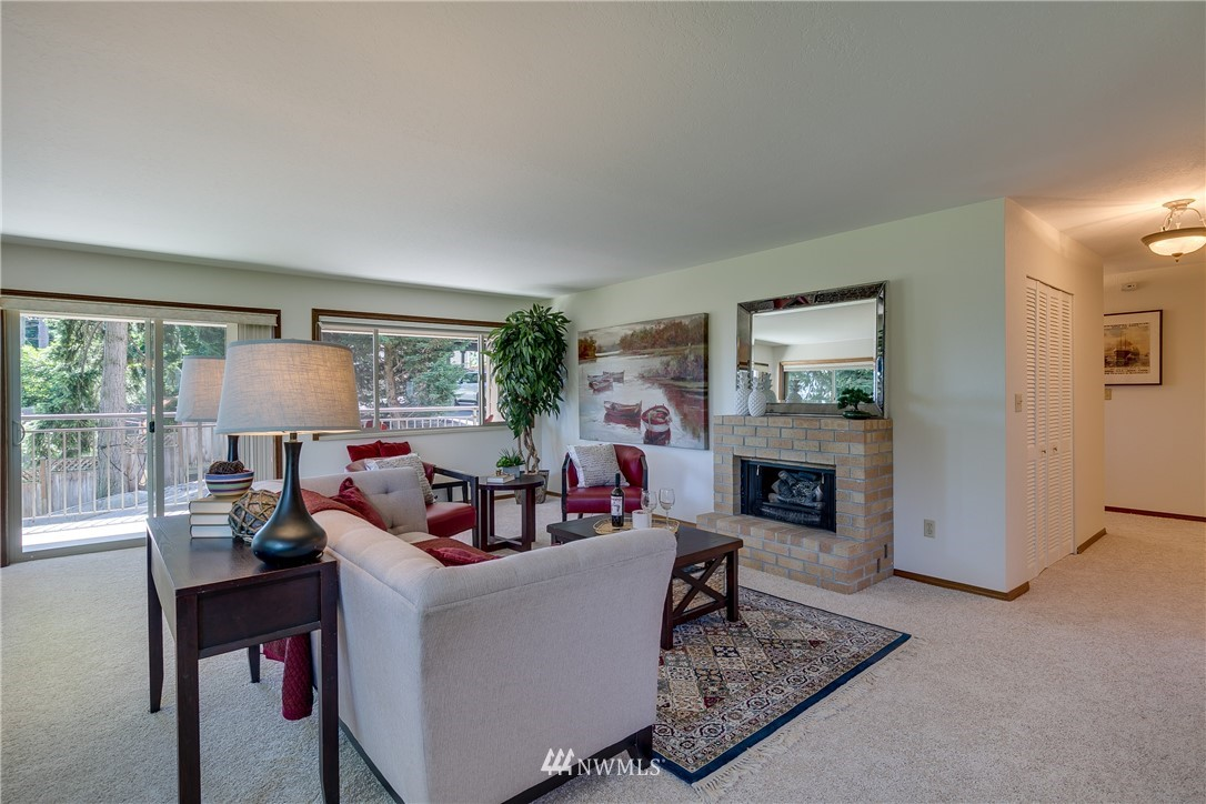 Sold Property | 3820 NE 155th Place #102 Lake Forest Park, WA 98155 2