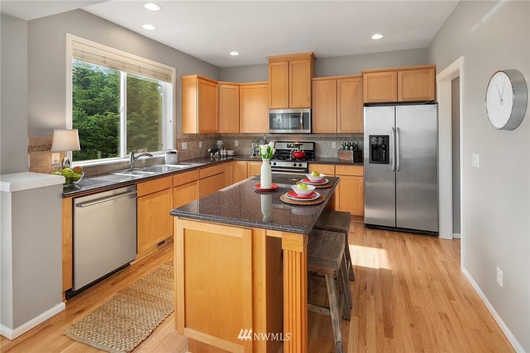 Sold Property | 20908 13th Avenue W Lynnwood, WA 98036 7