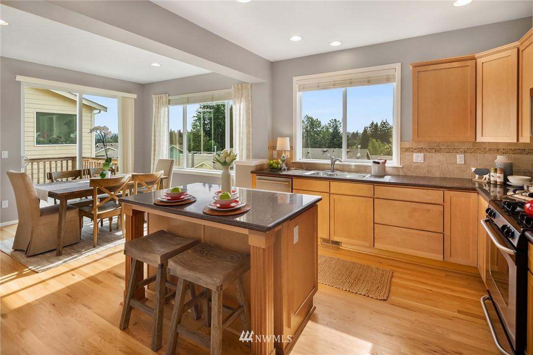 Sold Property | 20908 13th Avenue W Lynnwood, WA 98036 9