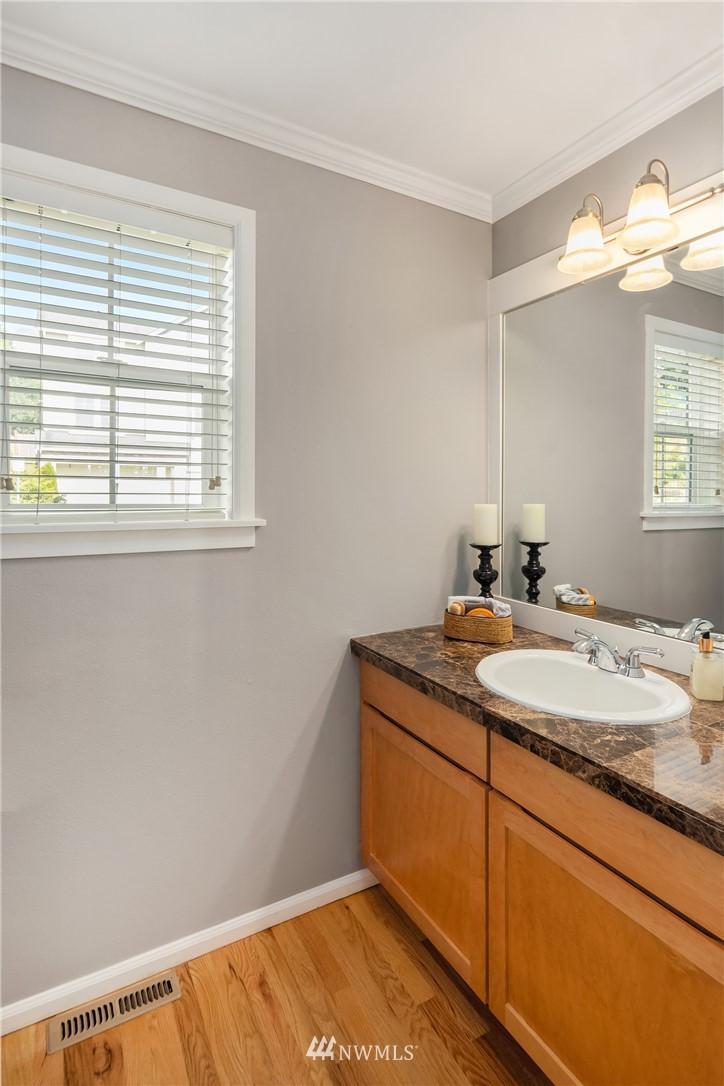 Sold Property | 20908 13th Avenue W Lynnwood, WA 98036 11
