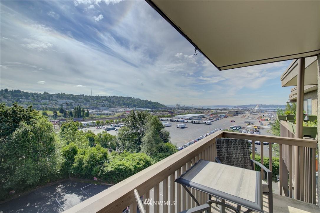 Sold Property   2550 Thorndyke Avenue W #402 Seattle, WA 98199 0