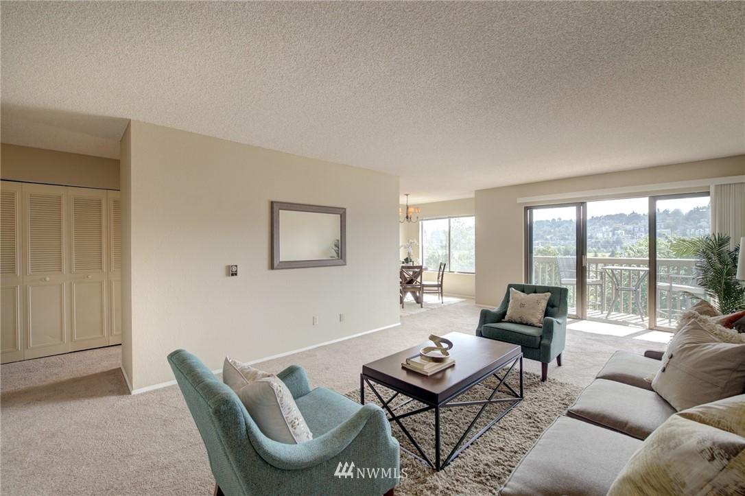 Sold Property   2550 Thorndyke Avenue W #402 Seattle, WA 98199 3