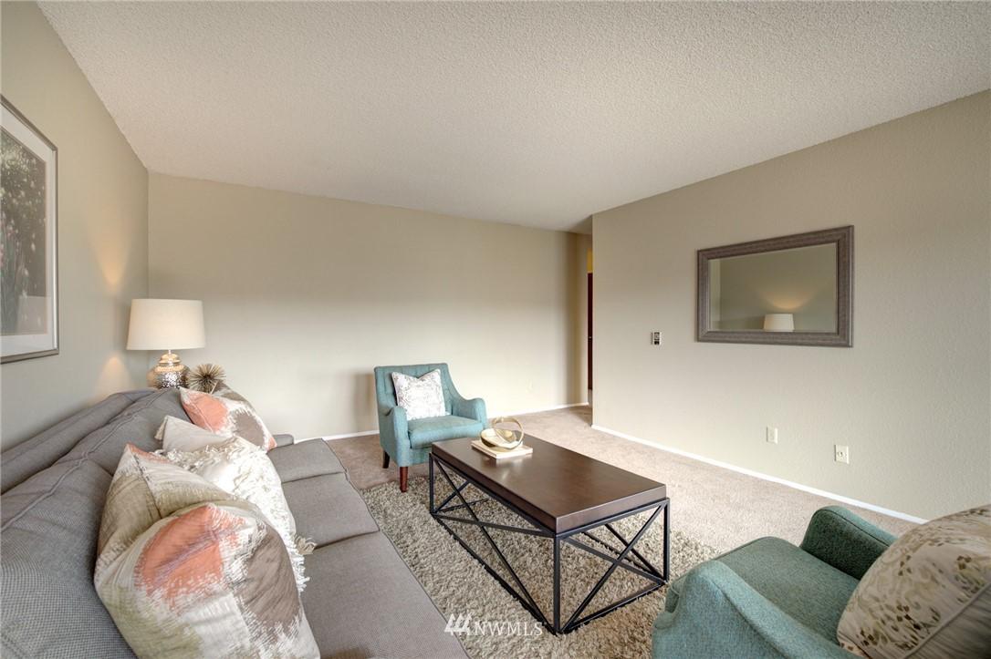 Sold Property   2550 Thorndyke Avenue W #402 Seattle, WA 98199 5