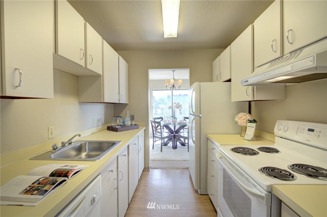 Sold Property   2550 Thorndyke Avenue W #402 Seattle, WA 98199 6