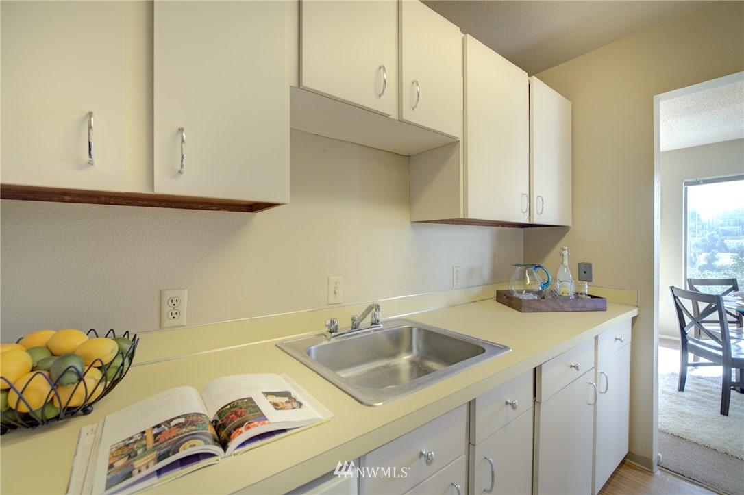 Sold Property   2550 Thorndyke Avenue W #402 Seattle, WA 98199 7