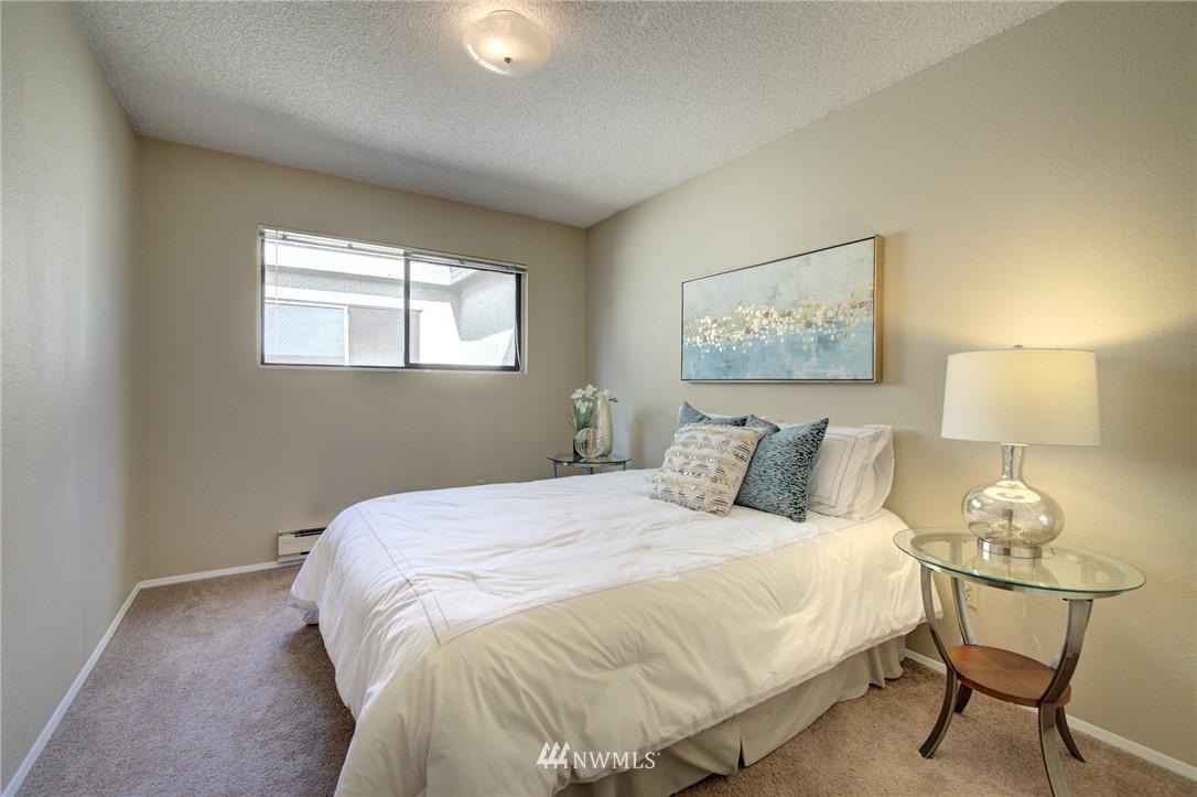 Sold Property   2550 Thorndyke Avenue W #402 Seattle, WA 98199 13