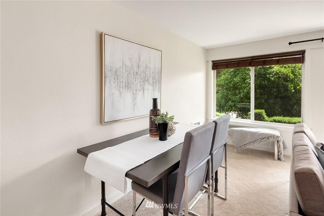 Sold Property   949 N 35th Street #100 Seattle, WA 98103 6
