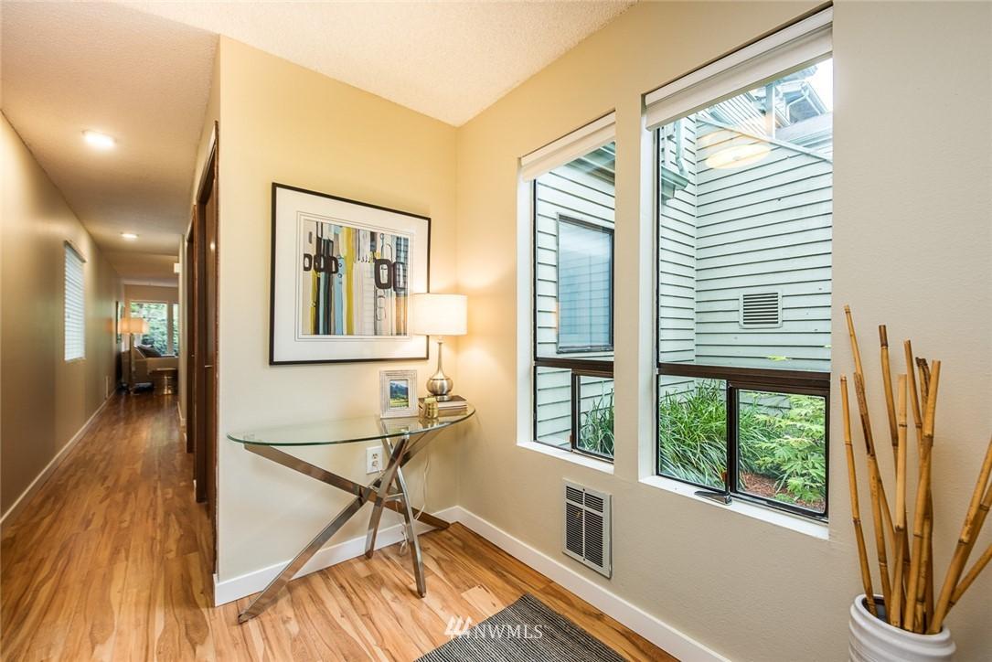 Sold Property | 2001 E Yesler Way #48 Seattle, WA 98122 2