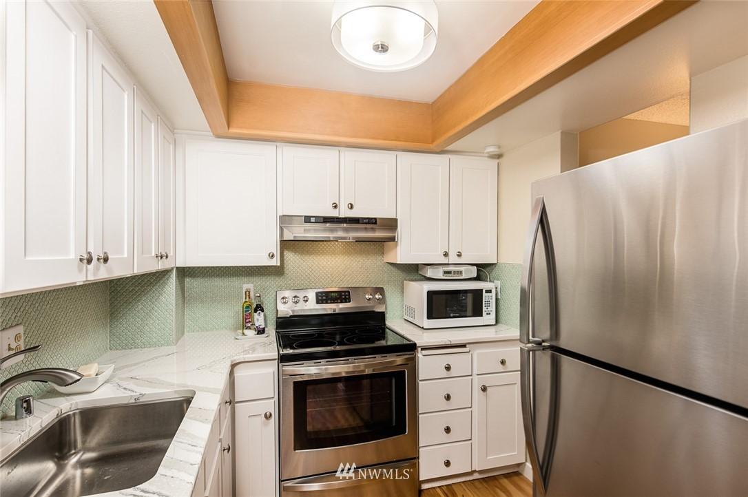 Sold Property | 2001 E Yesler Way #48 Seattle, WA 98122 8