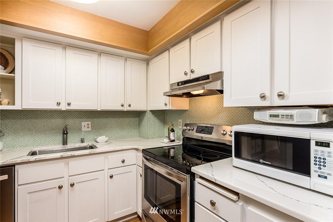 Sold Property | 2001 E Yesler Way #48 Seattle, WA 98122 9