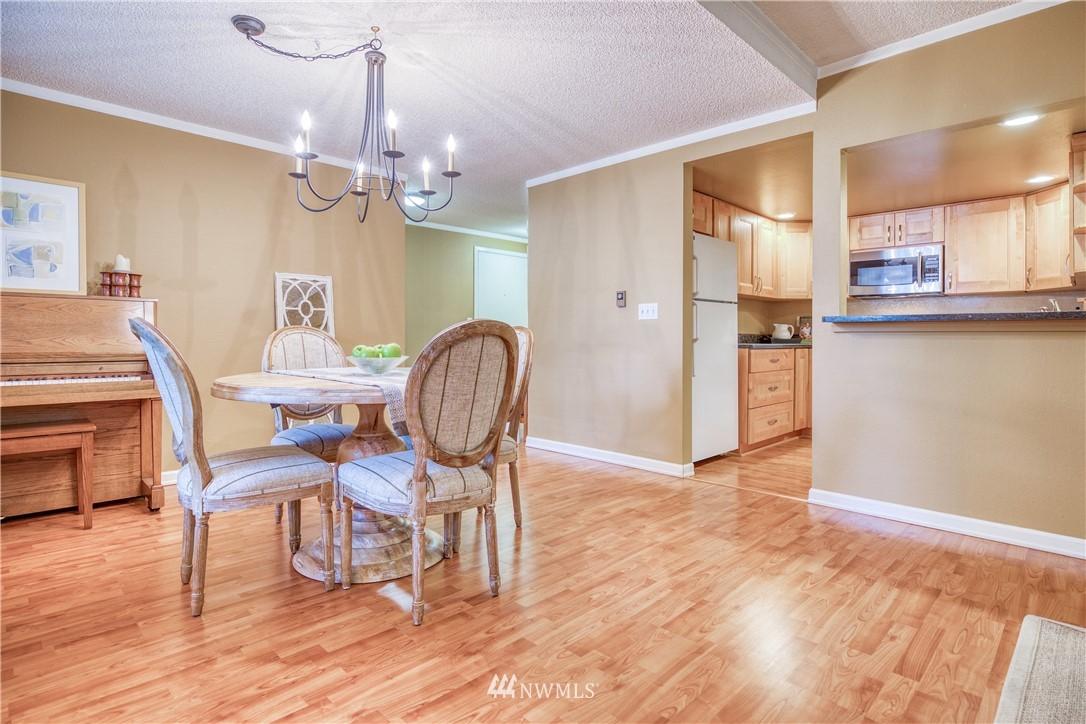 Sold Property | 134 SW 116th Street #H24 Seattle, WA 98146 7