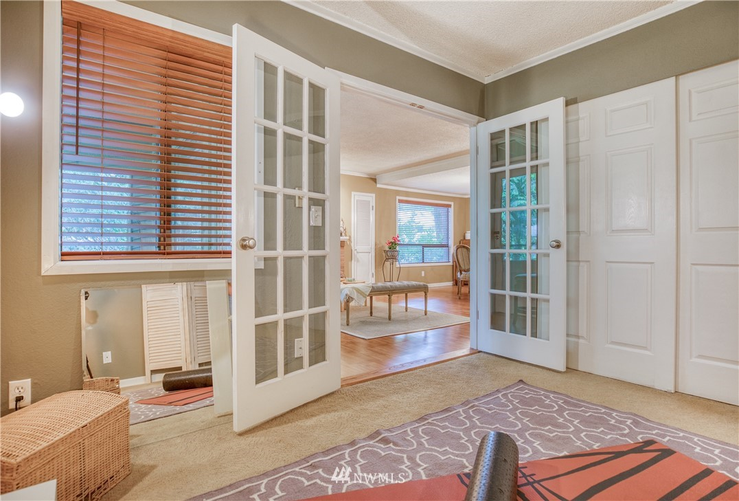 Sold Property | 134 SW 116th Street #H24 Seattle, WA 98146 14