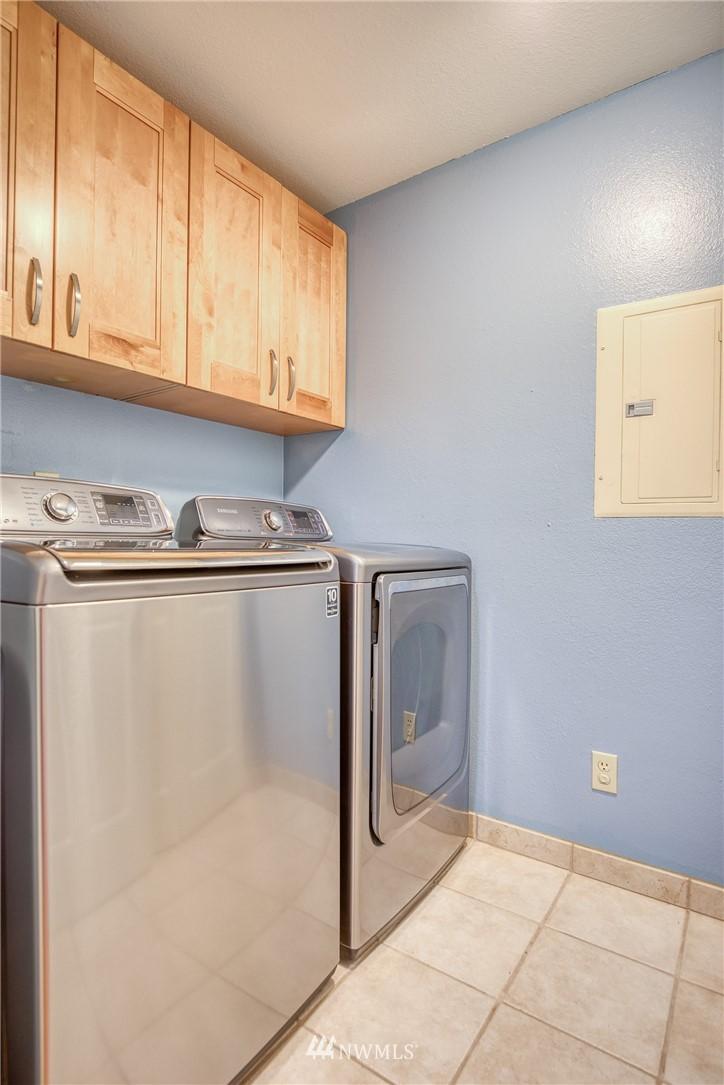 Sold Property | 134 SW 116th Street #H24 Seattle, WA 98146 16