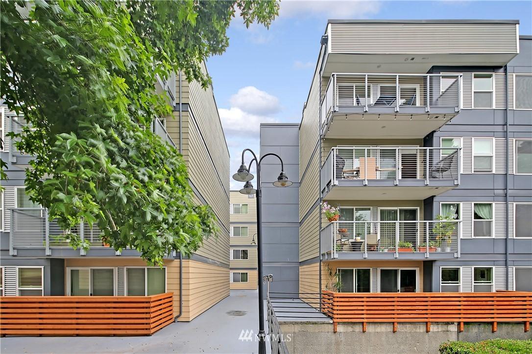 Sold Property | 1311 12th Avenue S #F403 Seattle, WA 98144 1