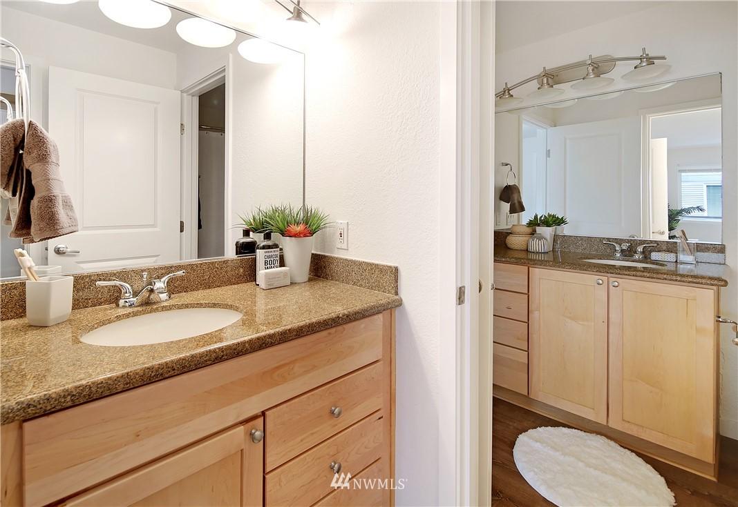 Sold Property | 1311 12th Avenue S #F403 Seattle, WA 98144 14