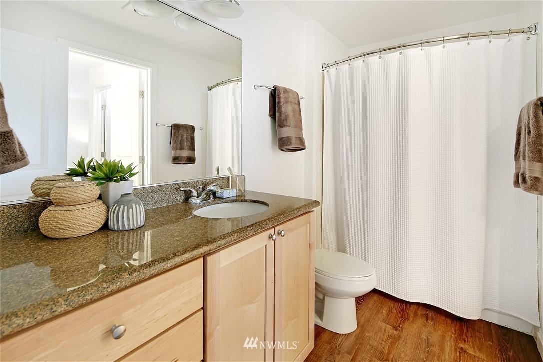 Sold Property | 1311 12th Avenue S #F403 Seattle, WA 98144 15