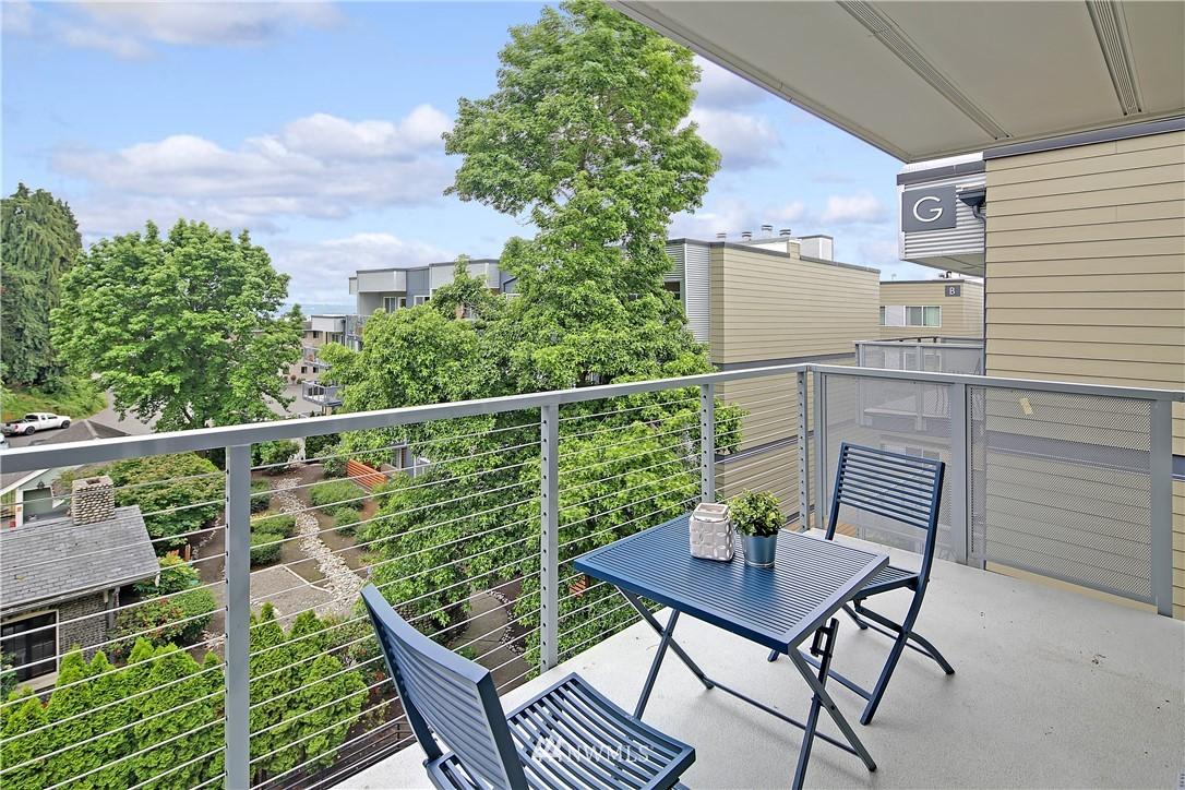 Sold Property | 1311 12th Avenue S #F403 Seattle, WA 98144 17