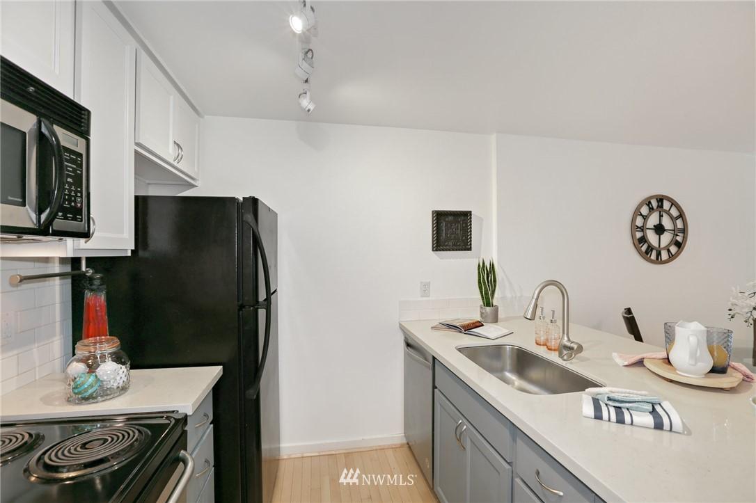 Sold Property   301 W Raye Street #111 Seattle, WA 98119 2