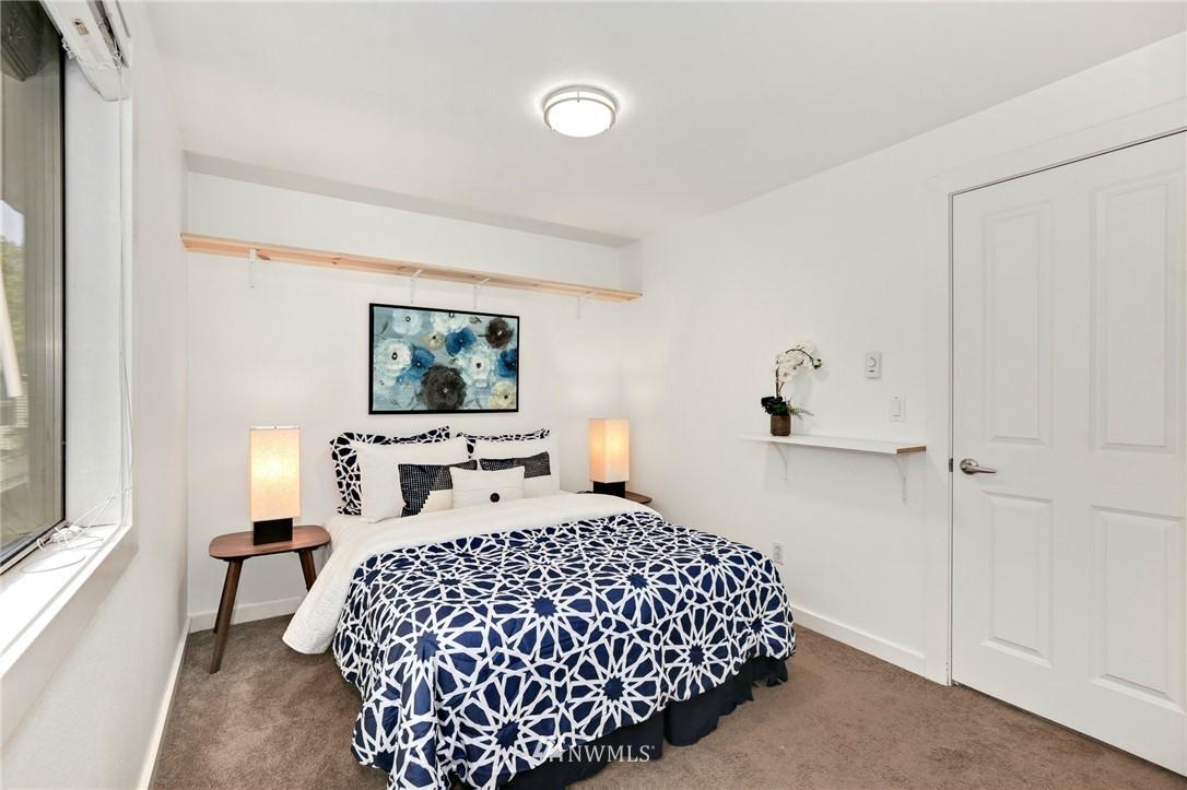Sold Property   301 W Raye Street #111 Seattle, WA 98119 11
