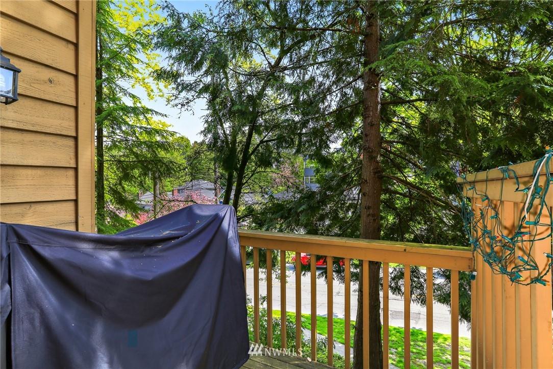 Sold Property   301 W Raye Street #111 Seattle, WA 98119 12