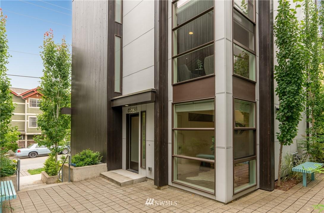 Sold Property   6523 4th Avenue NE #B Seattle, WA 98115 0