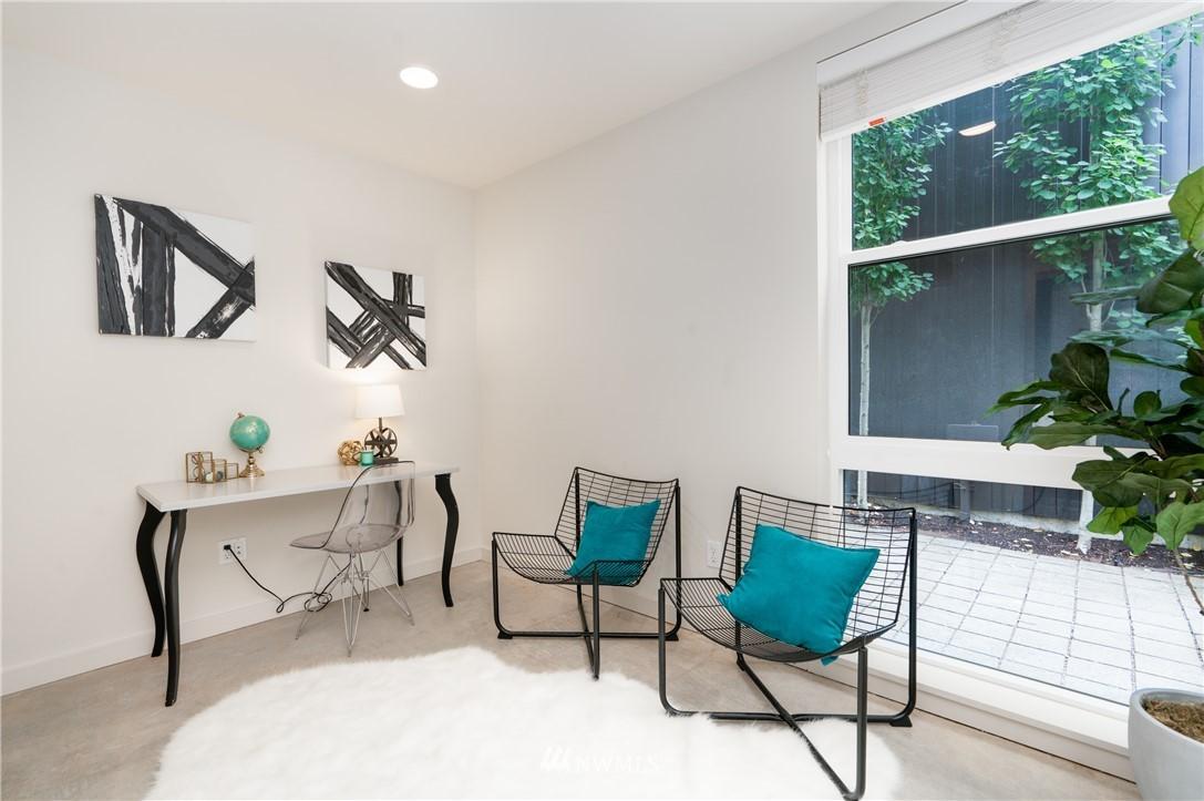 Sold Property   6523 4th Avenue NE #B Seattle, WA 98115 12
