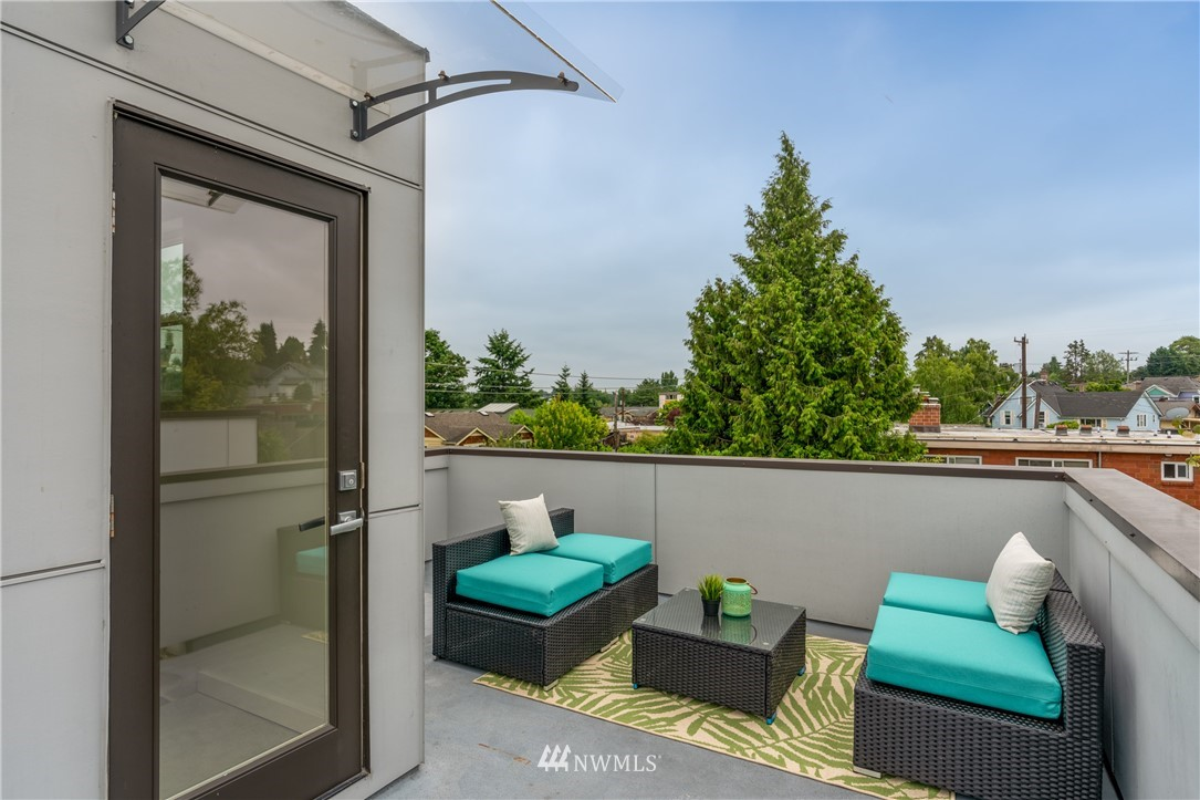 Sold Property   6523 4th Avenue NE #B Seattle, WA 98115 14