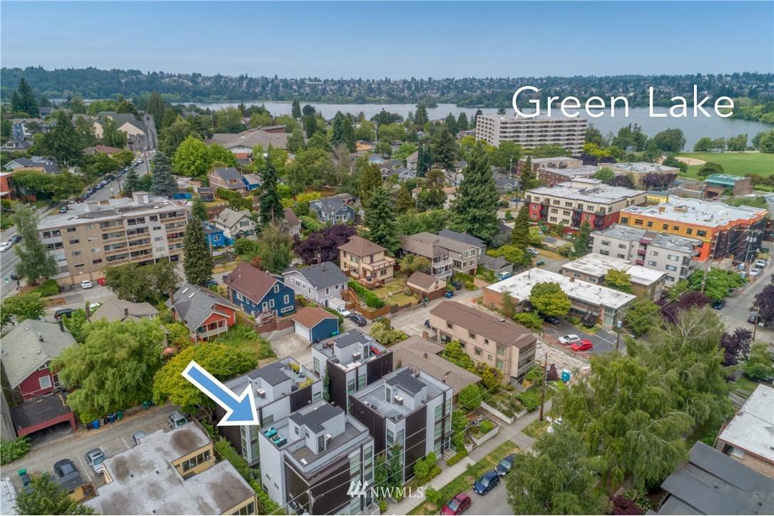 Sold Property   6523 4th Avenue NE #B Seattle, WA 98115 17