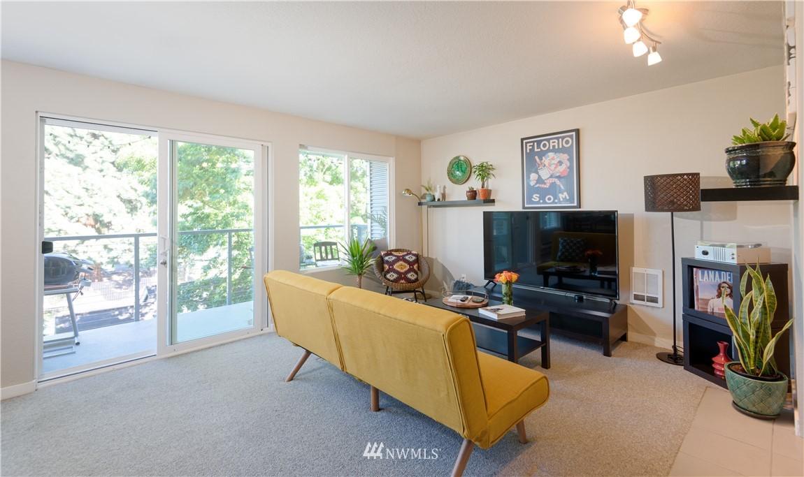 Sold Property | 1311 12th Avenue S #A303 Seattle, WA 98144 14