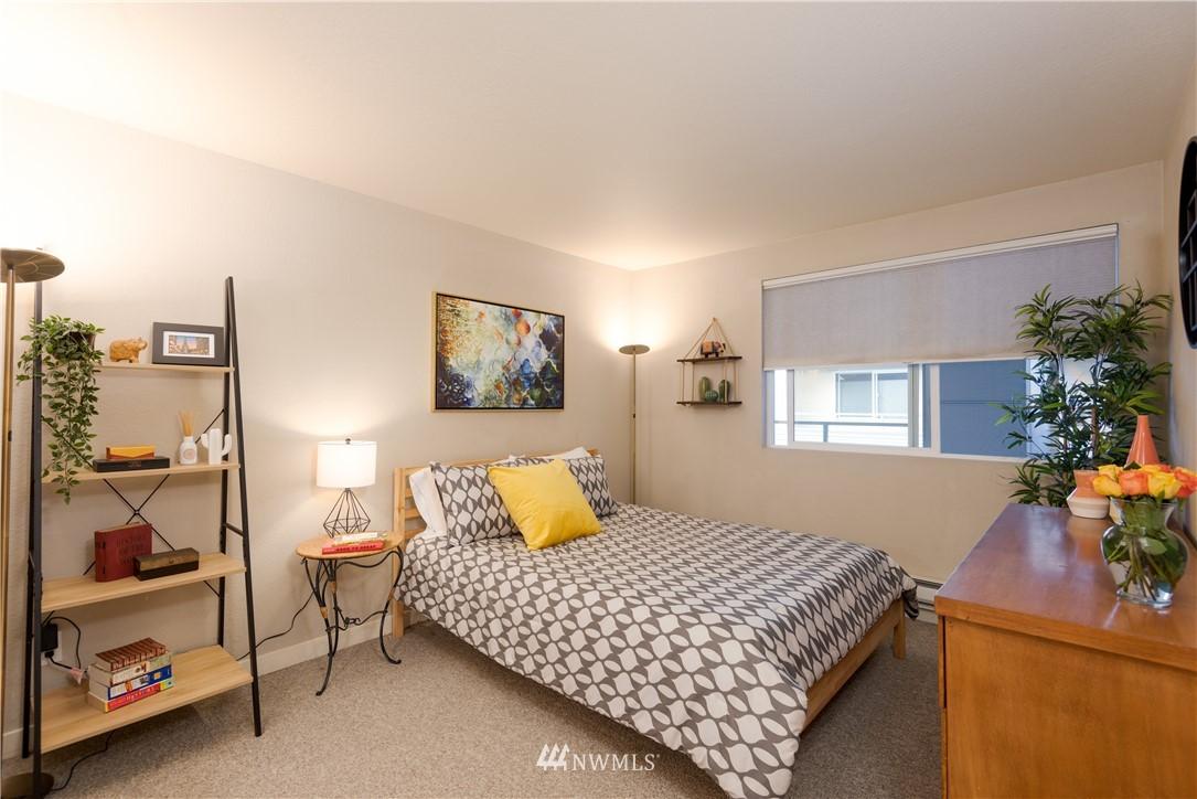 Sold Property | 1311 12th Avenue S #A303 Seattle, WA 98144 8