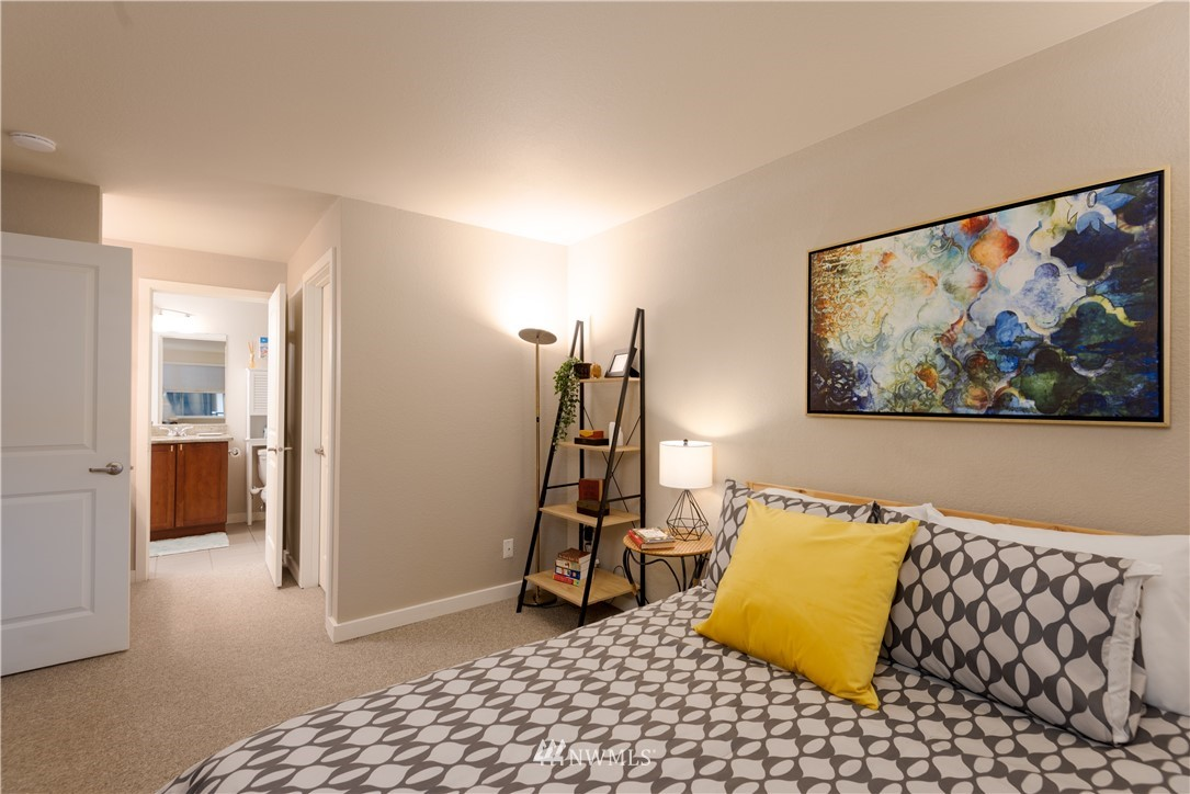 Sold Property | 1311 12th Avenue S #A303 Seattle, WA 98144 9
