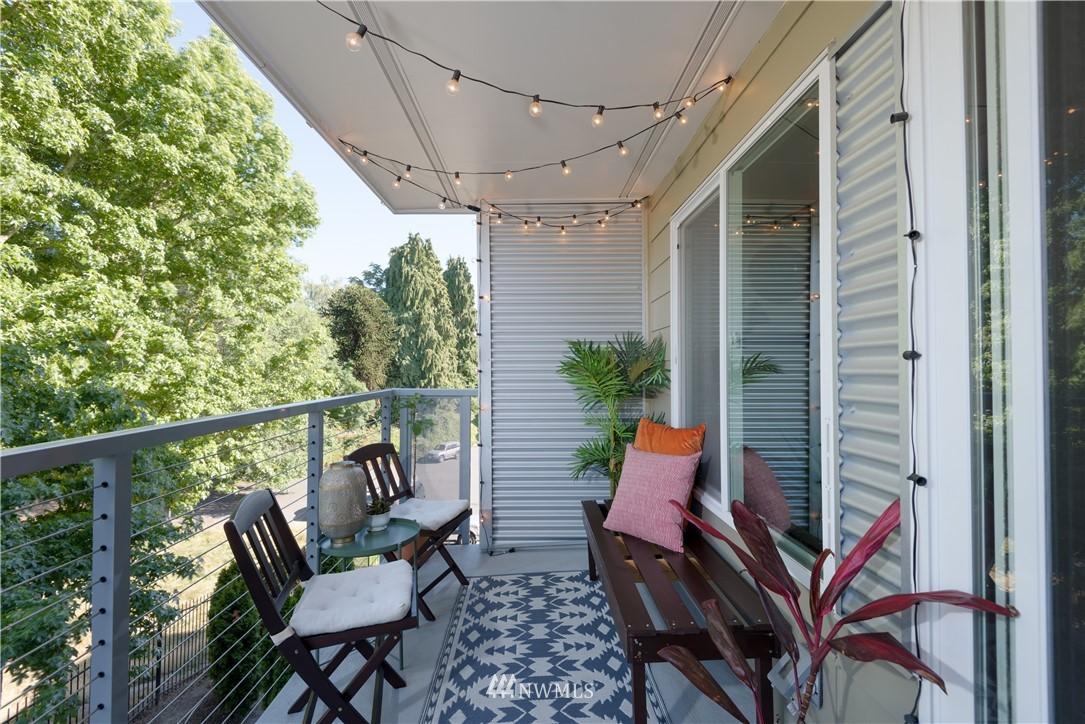 Sold Property | 1311 12th Avenue S #A303 Seattle, WA 98144 17