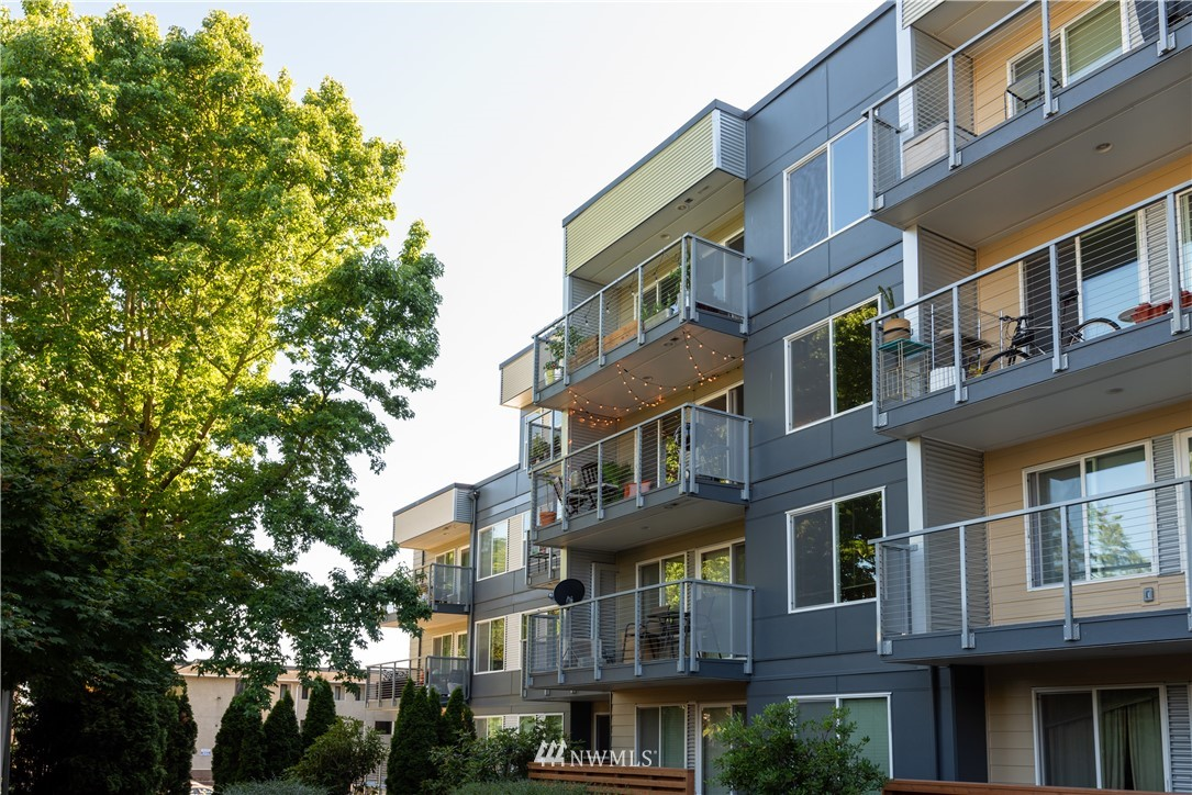 Sold Property | 1311 12th Avenue S #A303 Seattle, WA 98144 0