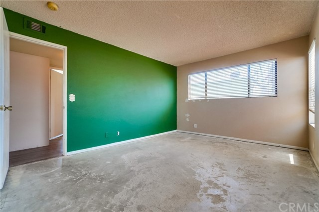 Pending | 1242 E 4th Street #5 Long Beach, CA 90802 17