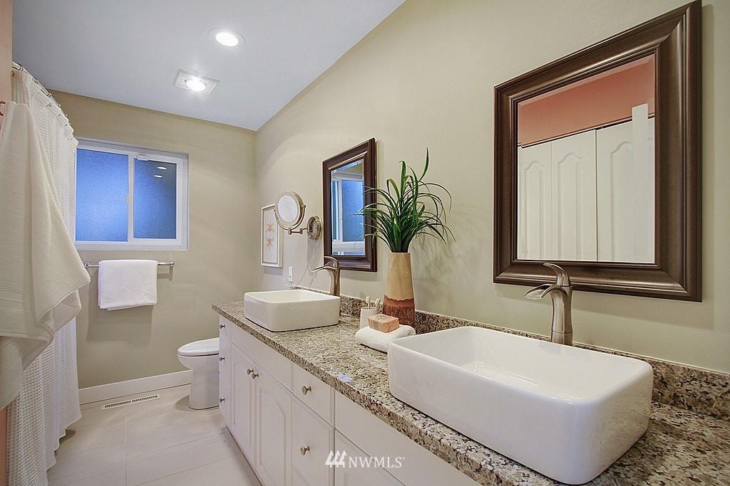 Sold Property   7345 46th Avenue NE Seattle, WA 98115 11