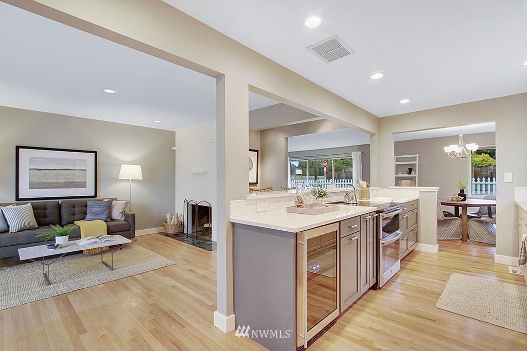 Sold Property   7345 46th Avenue NE Seattle, WA 98115 6