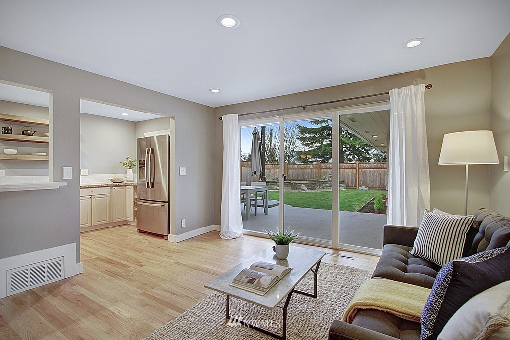 Sold Property   7345 46th Avenue NE Seattle, WA 98115 9