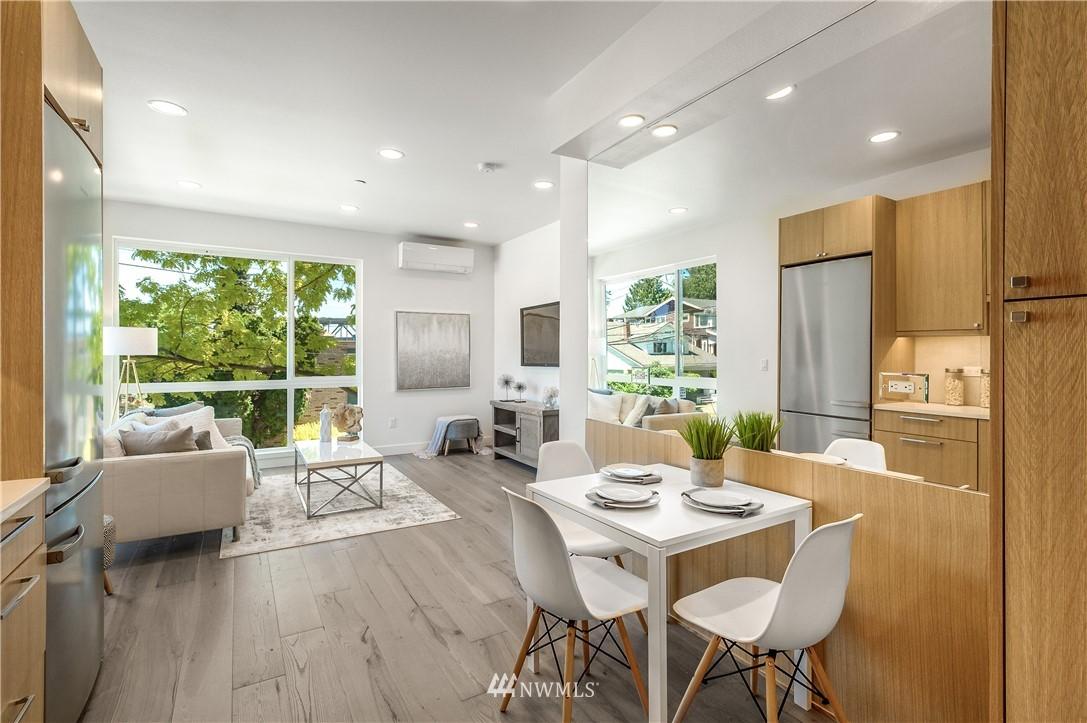 Sold Property | 3943 2nd Avenue NE Seattle, WA 98105 5