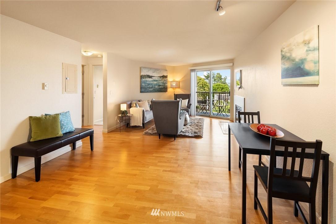 Sold Property   3045 20th Avenue W #306 Seattle, WA 98199 4