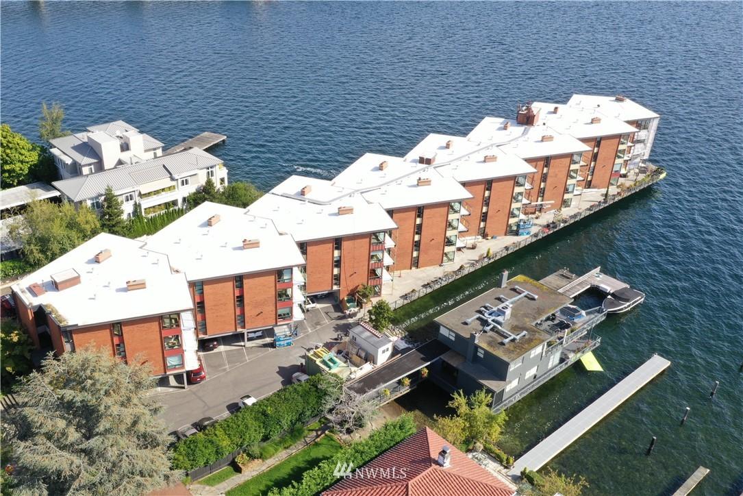 Sold Property | 2360 43rd Avenue E #401 Seattle, WA 98112 24