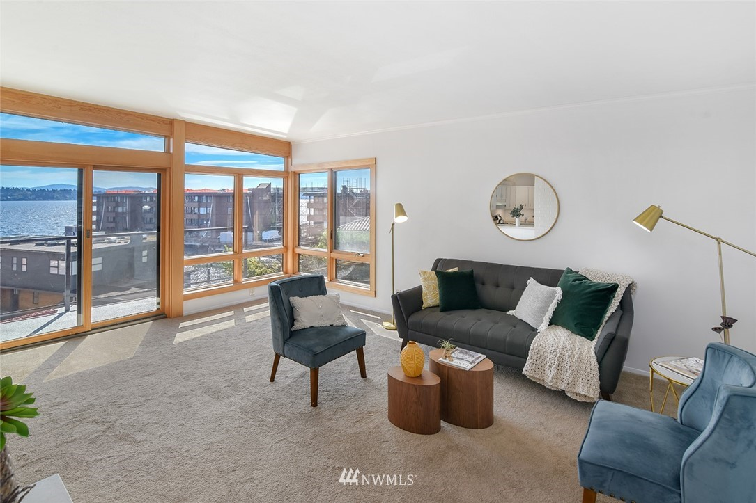Sold Property | 2360 43rd Avenue E #401 Seattle, WA 98112 4