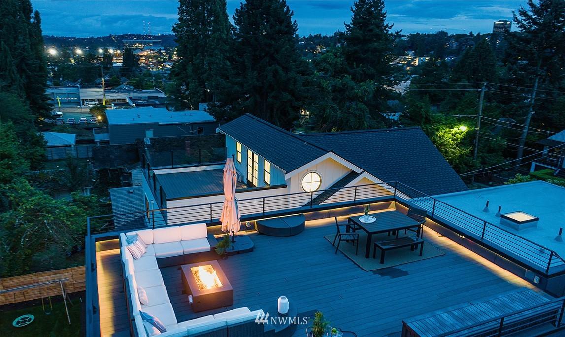 Sold Property | 5544 27th Avenue NE Seattle, WA 98105 3