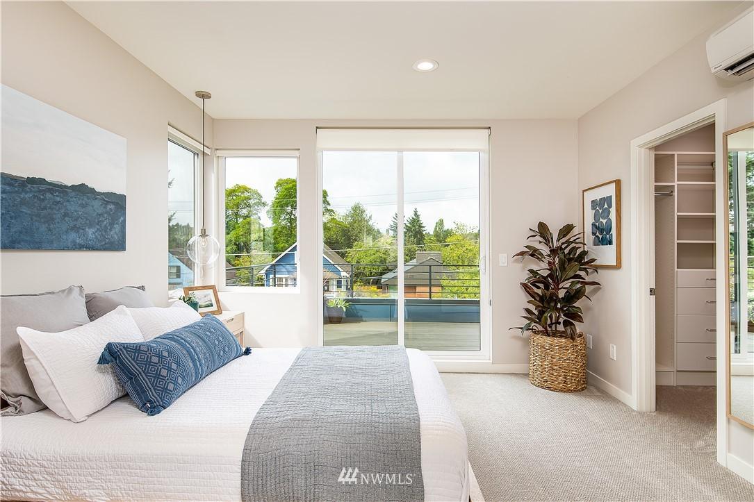 Sold Property | 5544 27th Avenue NE Seattle, WA 98105 14