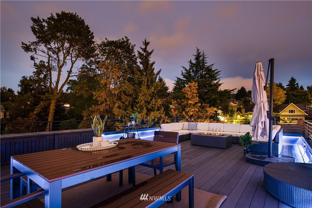 Sold Property | 5544 27th Avenue NE Seattle, WA 98105 2
