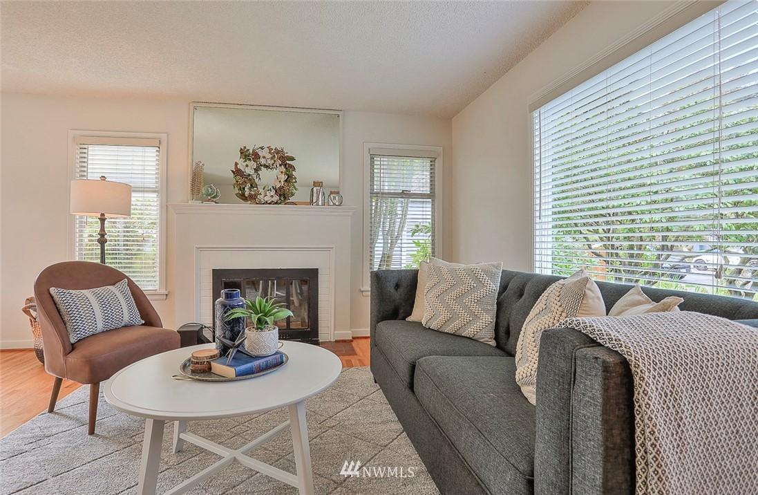 Sold Property | 7352 20th Avenue NE Seattle, WA 98115 3