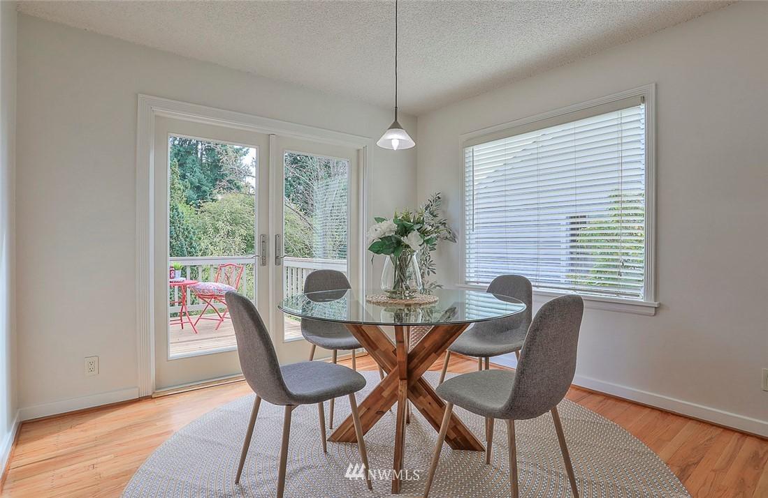 Sold Property | 7352 20th Avenue NE Seattle, WA 98115 5
