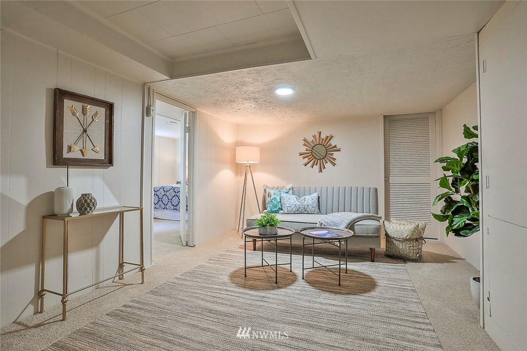 Sold Property | 7352 20th Avenue NE Seattle, WA 98115 12