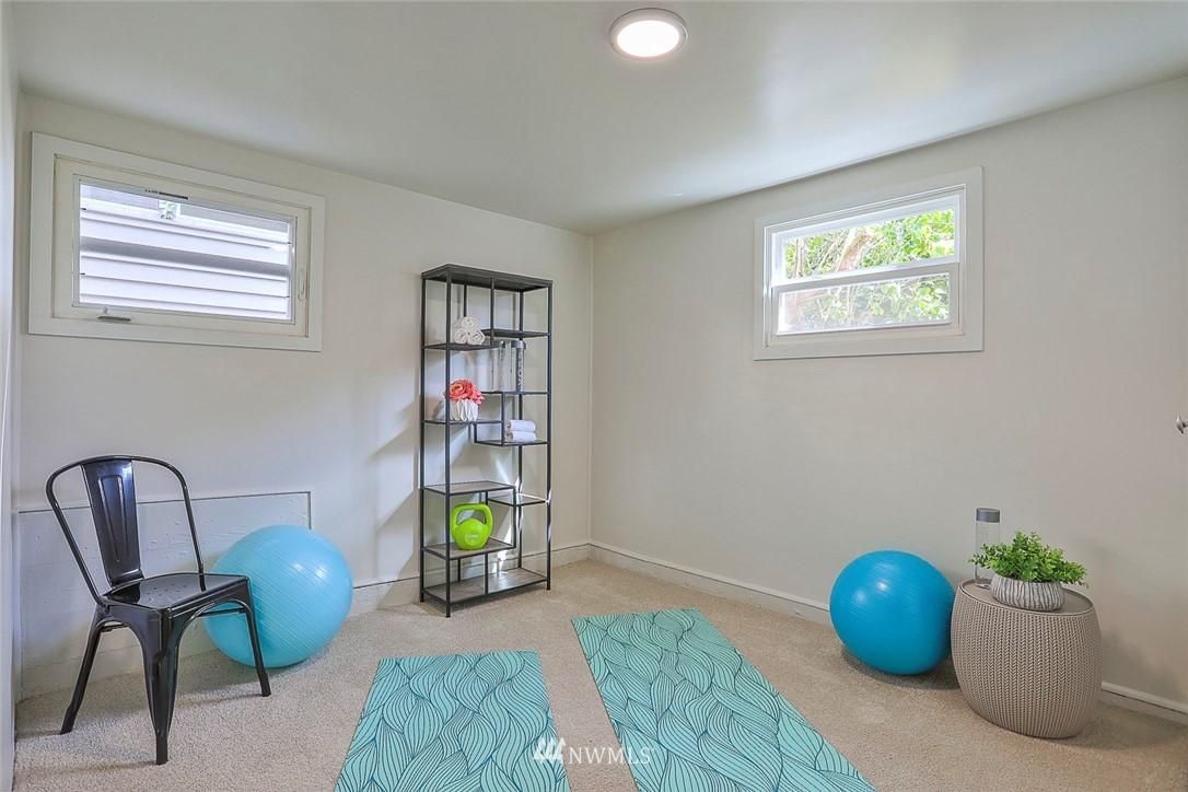 Sold Property | 7352 20th Avenue NE Seattle, WA 98115 14