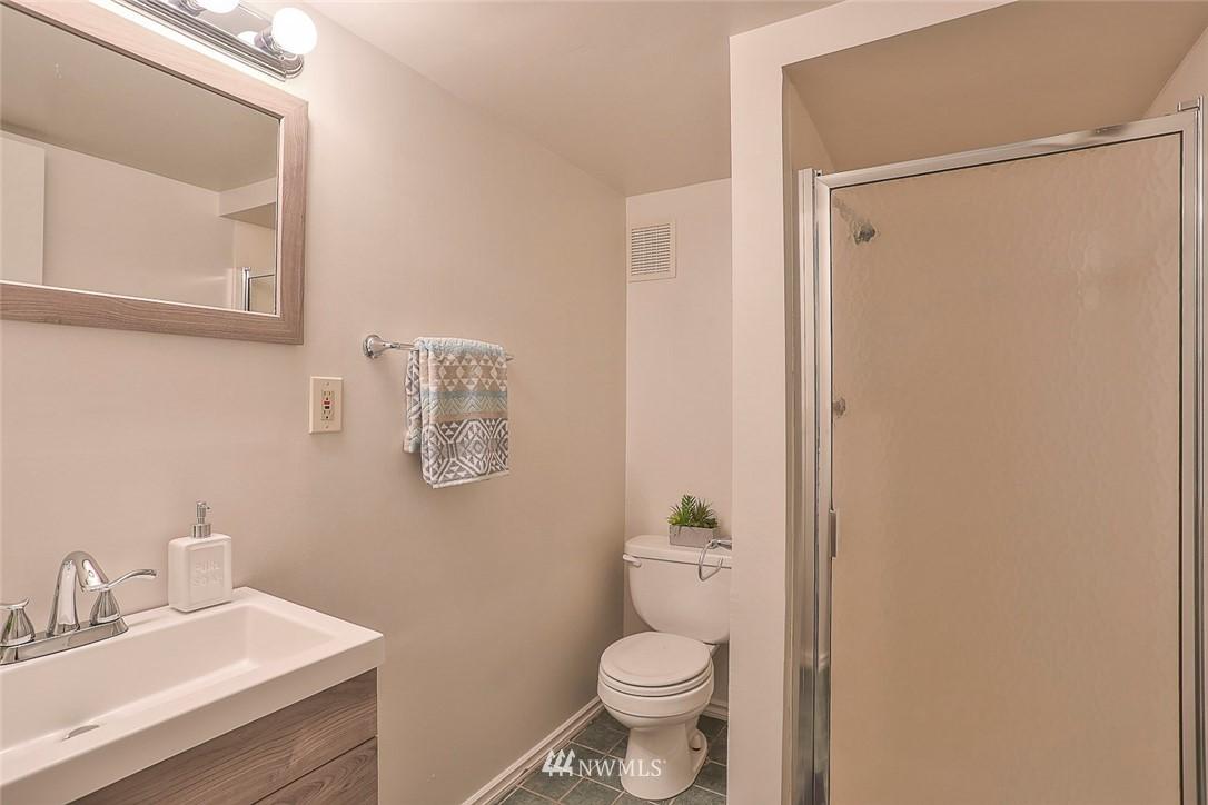 Sold Property | 7352 20th Avenue NE Seattle, WA 98115 15