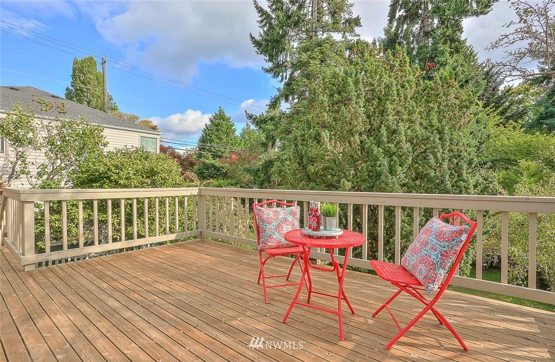 Sold Property | 7352 20th Avenue NE Seattle, WA 98115 17